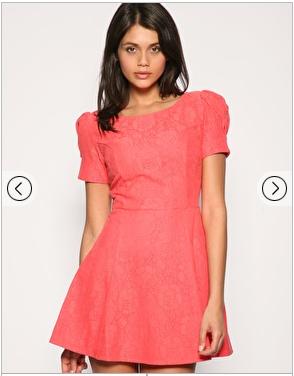 je trouve quand même qu'elle est belle cette robe