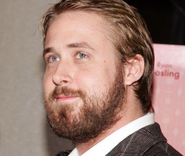 Ce mec est blond, gros, avec une barbe. Que dire de plus ?